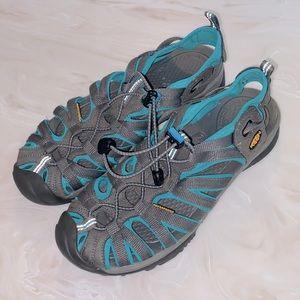 Keen whisper waterproof sandals 9.5 Aqua